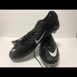 Brand new nike football cleats size 14